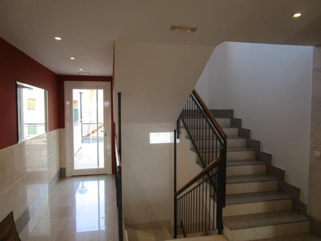 -eu-west-1.amazonaws.com/mobilia/Portals/inmoatrio/Images/3781/2217784