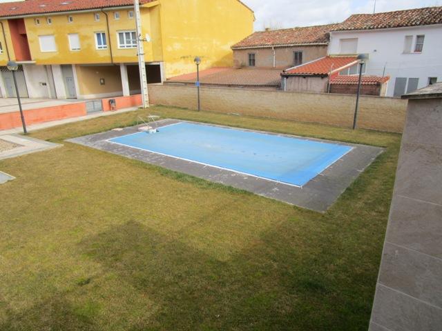 -eu-west-1.amazonaws.com/mobilia/Portals/inmoatrio/Images/3781/2217785