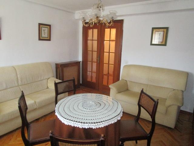 -eu-west-1.amazonaws.com/mobilia/Portals/inmoatrio/Images/3783/2217806