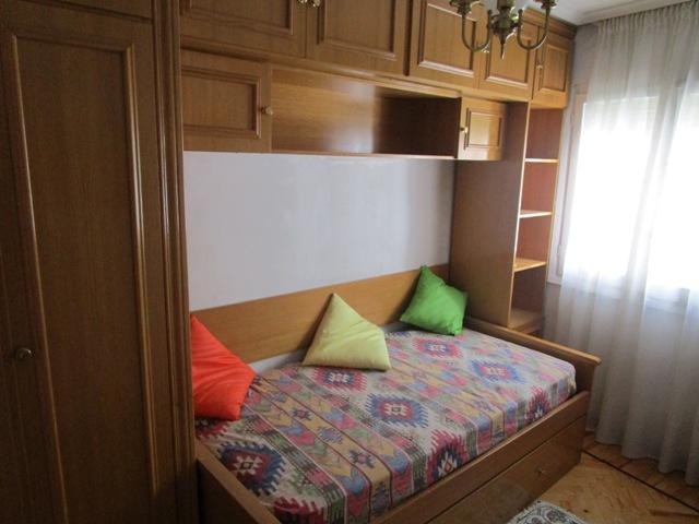 -eu-west-1.amazonaws.com/mobilia/Portals/inmoatrio/Images/3783/2217808