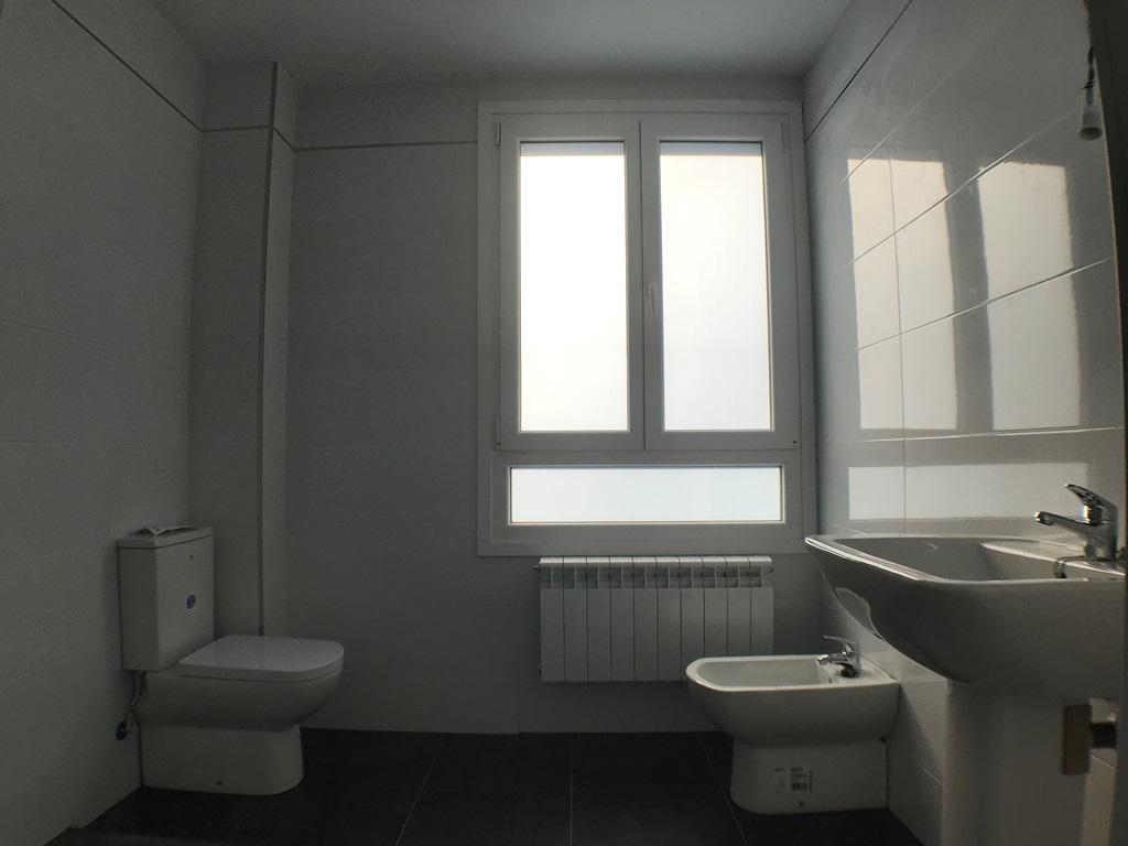 -eu-west-1.amazonaws.com/mobilia/Portals/inmoatrio/Images/3797/2218107