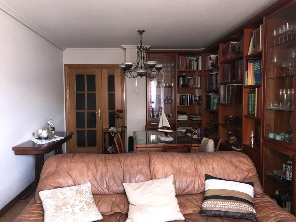 -eu-west-1.amazonaws.com/mobilia/Portals/inmoatrio/Images/3814/2218377