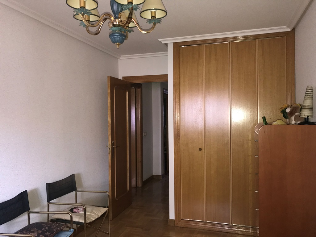 -eu-west-1.amazonaws.com/mobilia/Portals/inmoatrio/Images/3814/2218387