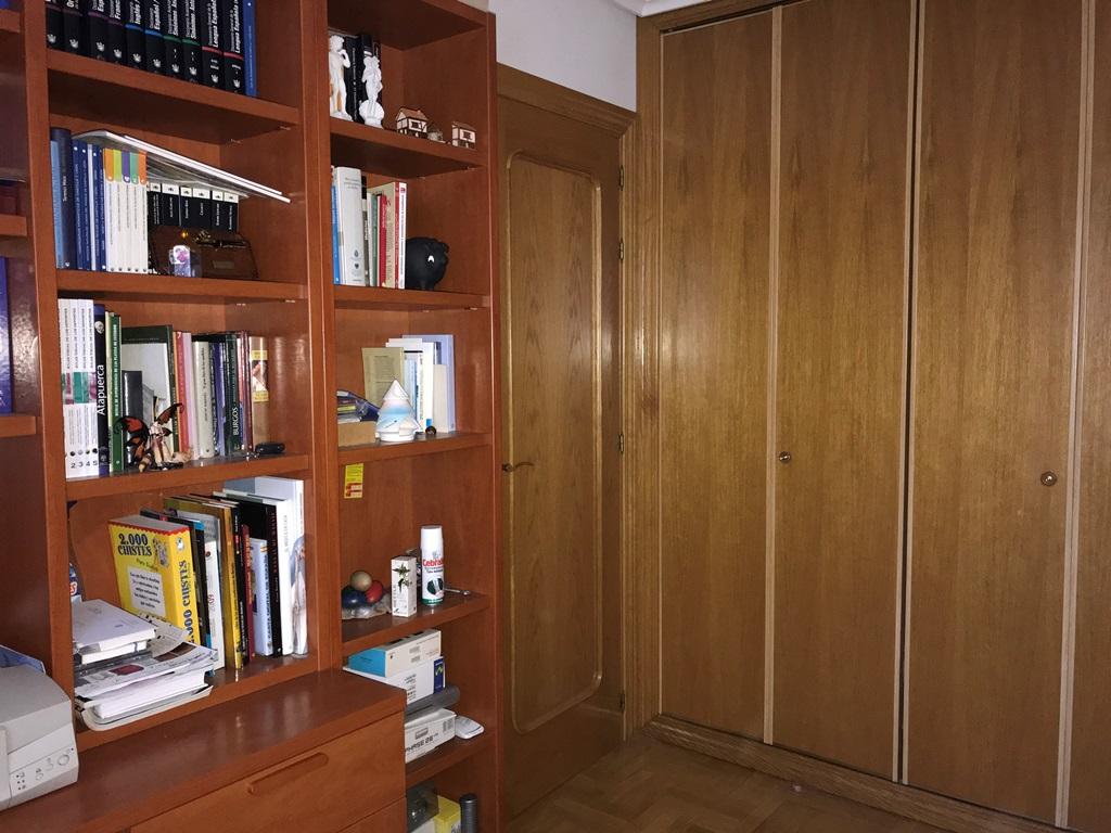 -eu-west-1.amazonaws.com/mobilia/Portals/inmoatrio/Images/3814/2218389