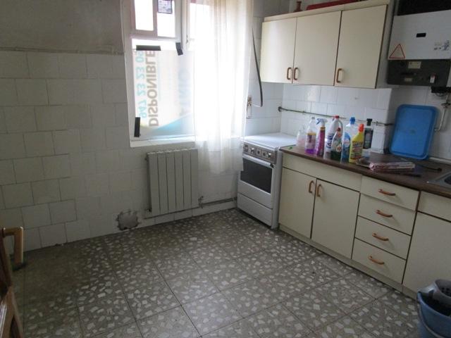 -eu-west-1.amazonaws.com/mobilia/Portals/inmoatrio/Images/3819/2218482