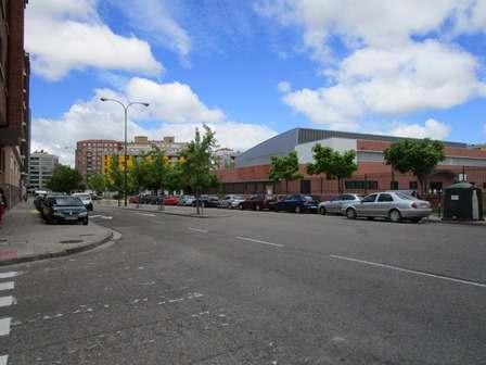 -eu-west-1.amazonaws.com/mobilia/Portals/inmoatrio/Images/3851/2219073
