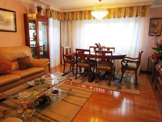 -eu-west-1.amazonaws.com/mobilia/Portals/inmoatrio/Images/3857/2219172
