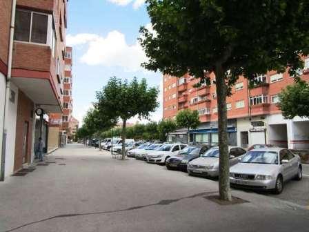 -eu-west-1.amazonaws.com/mobilia/Portals/inmoatrio/Images/3859/2219201