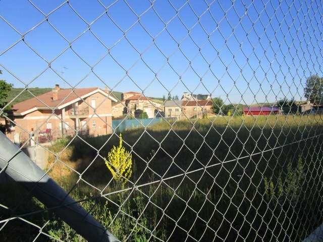 -eu-west-1.amazonaws.com/mobilia/Portals/inmoatrio/Images/3900/2219779