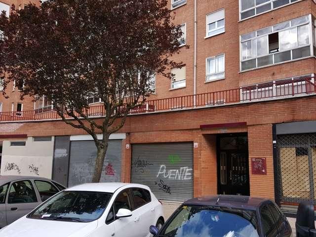 -eu-west-1.amazonaws.com/mobilia/Portals/inmoatrio/Images/3936/2220371