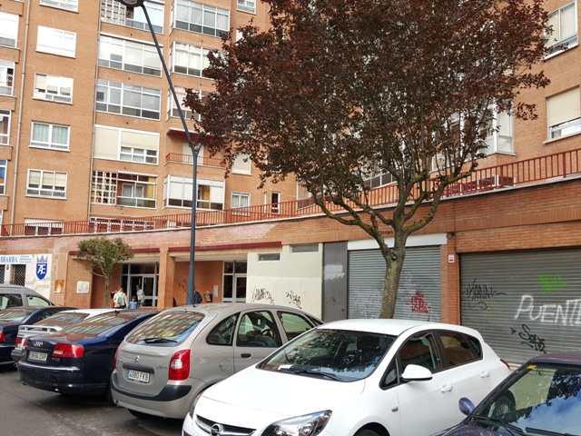 -eu-west-1.amazonaws.com/mobilia/Portals/inmoatrio/Images/3936/2220372