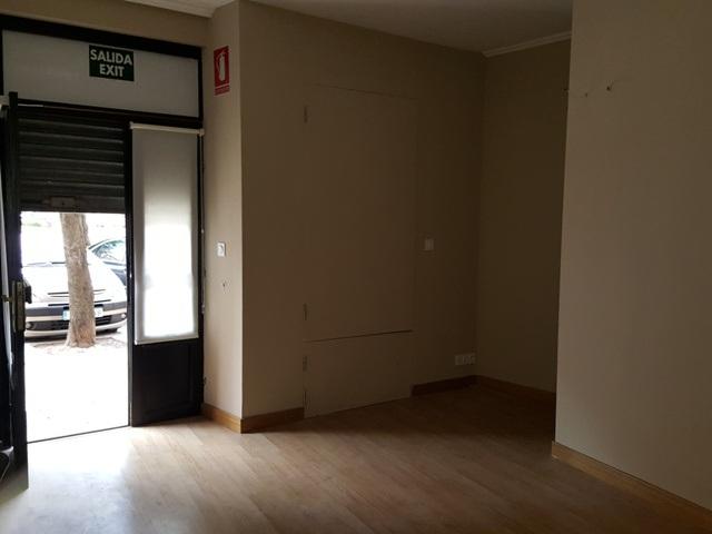 -eu-west-1.amazonaws.com/mobilia/Portals/inmoatrio/Images/3936/2220374