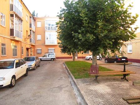 -eu-west-1.amazonaws.com/mobilia/Portals/inmoatrio/Images/3958/2220834