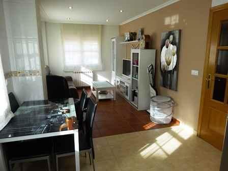 -eu-west-1.amazonaws.com/mobilia/Portals/inmoatrio/Images/4026/2222151