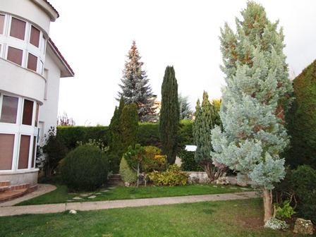 -eu-west-1.amazonaws.com/mobilia/Portals/inmoatrio/Images/4040/2222436