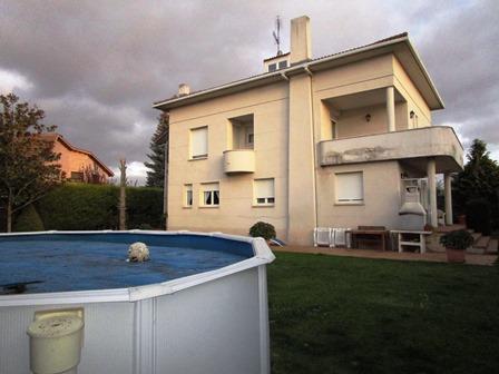 -eu-west-1.amazonaws.com/mobilia/Portals/inmoatrio/Images/4040/2222438
