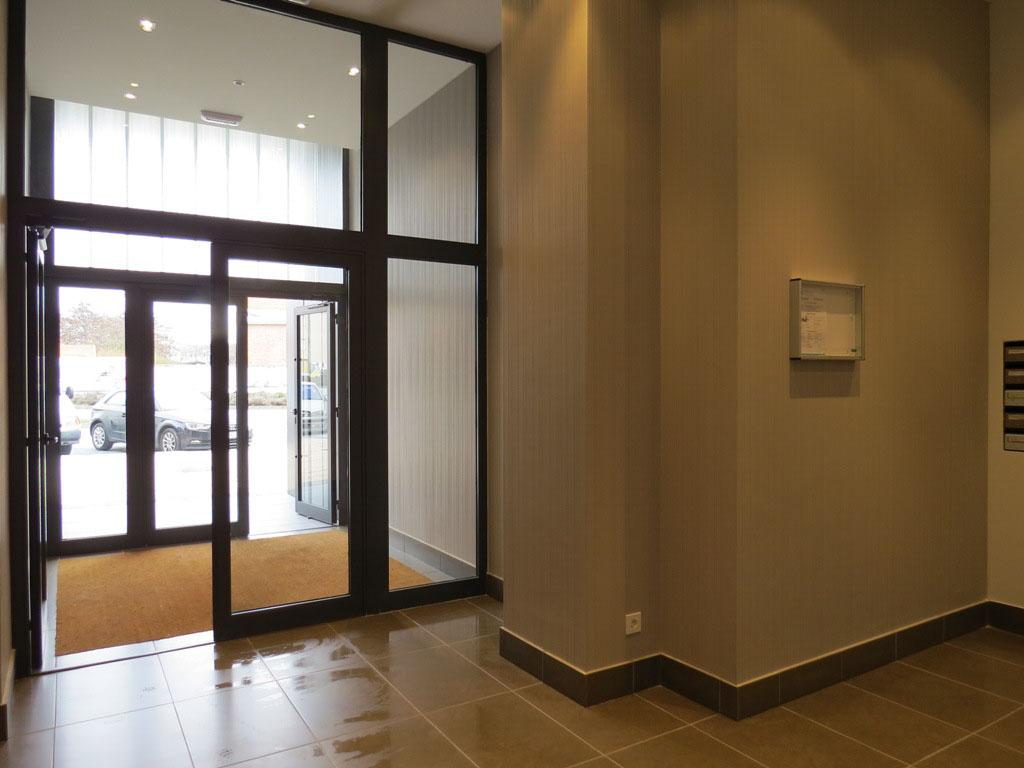 -eu-west-1.amazonaws.com/mobilia/Portals/inmoatrio/Images/4105/2223280