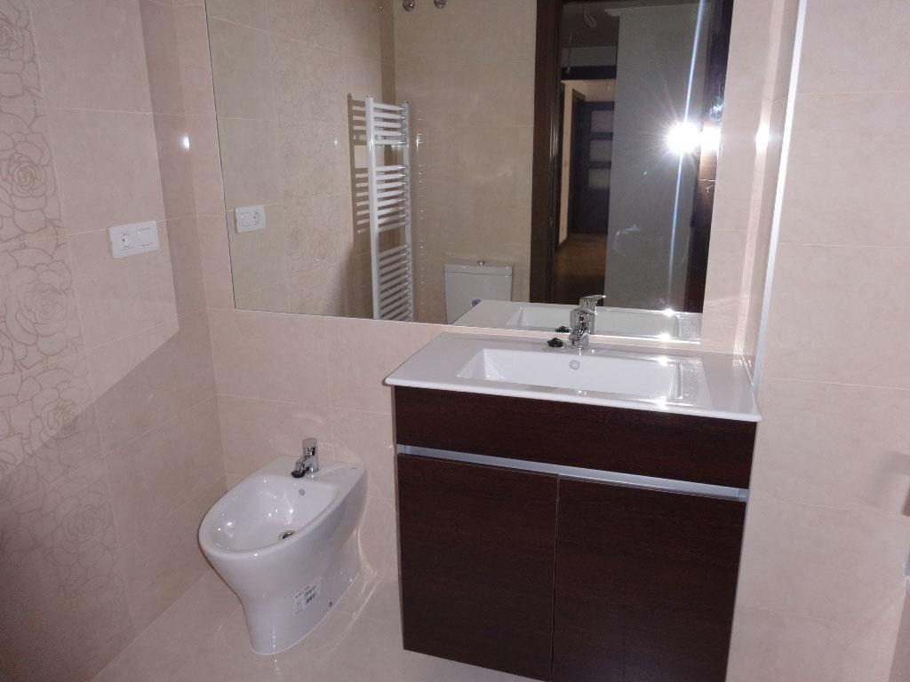 -eu-west-1.amazonaws.com/mobilia/Portals/inmoatrio/Images/4117/2223413