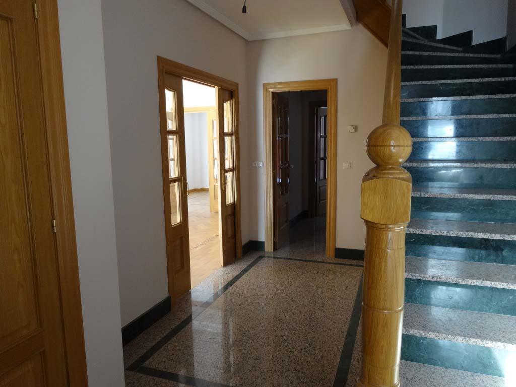 -eu-west-1.amazonaws.com/mobilia/Portals/inmoatrio/Images/4126/2223491