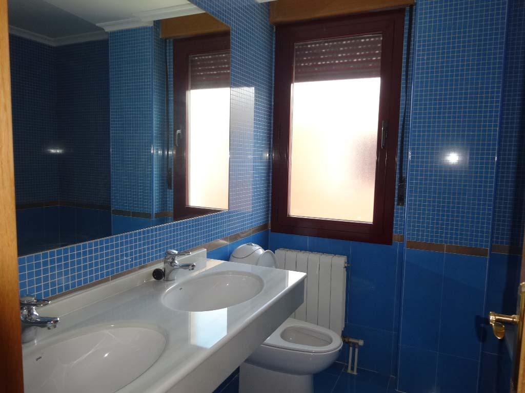 -eu-west-1.amazonaws.com/mobilia/Portals/inmoatrio/Images/4126/2223498