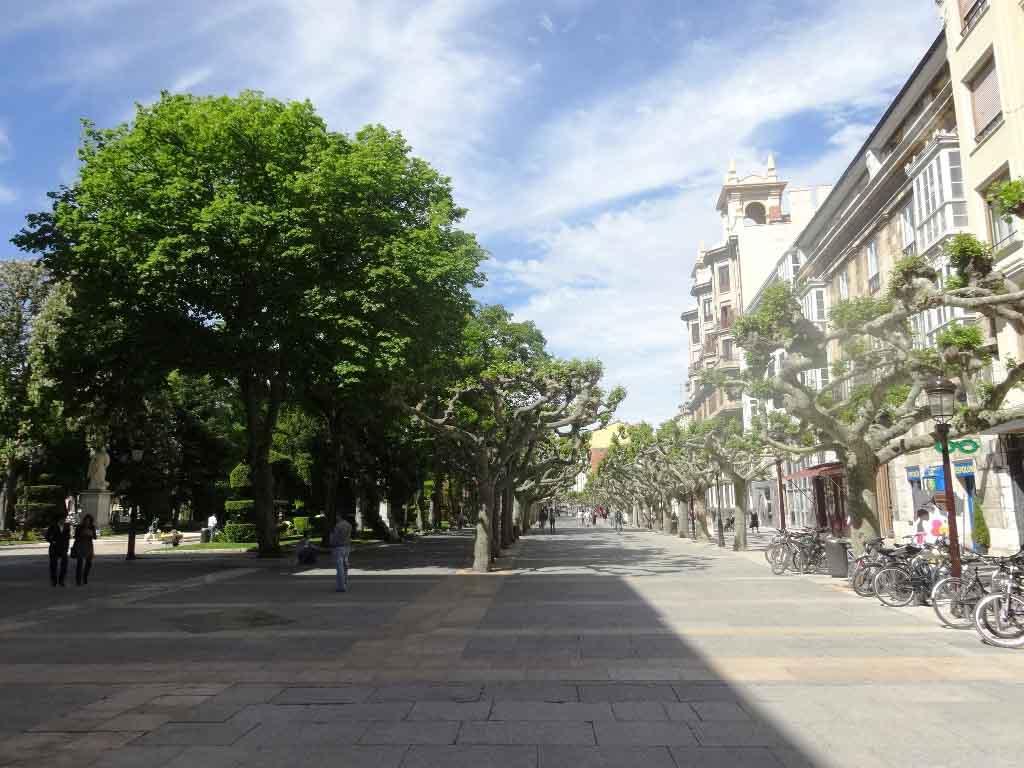 -eu-west-1.amazonaws.com/mobilia/Portals/inmoatrio/Images/4274/2225778