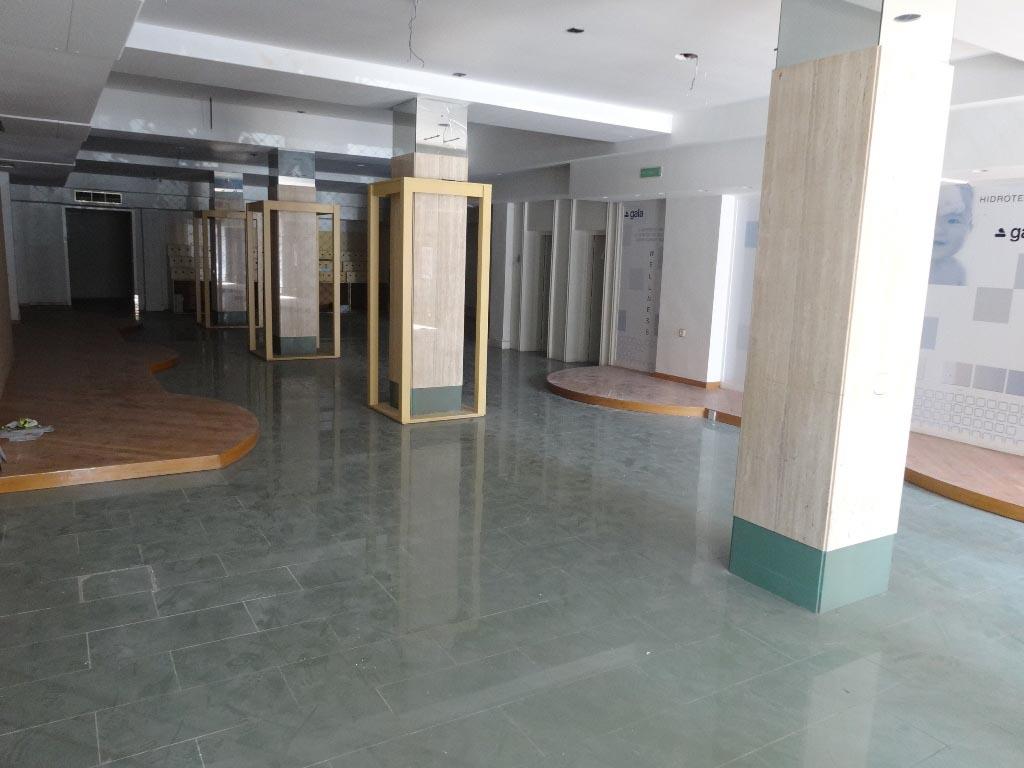 -eu-west-1.amazonaws.com/mobilia/Portals/inmoatrio/Images/4295/2226140