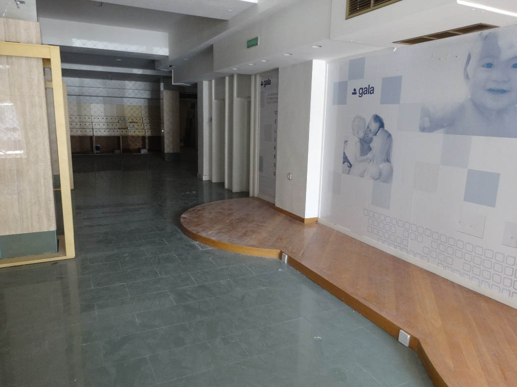 -eu-west-1.amazonaws.com/mobilia/Portals/inmoatrio/Images/4295/2226141