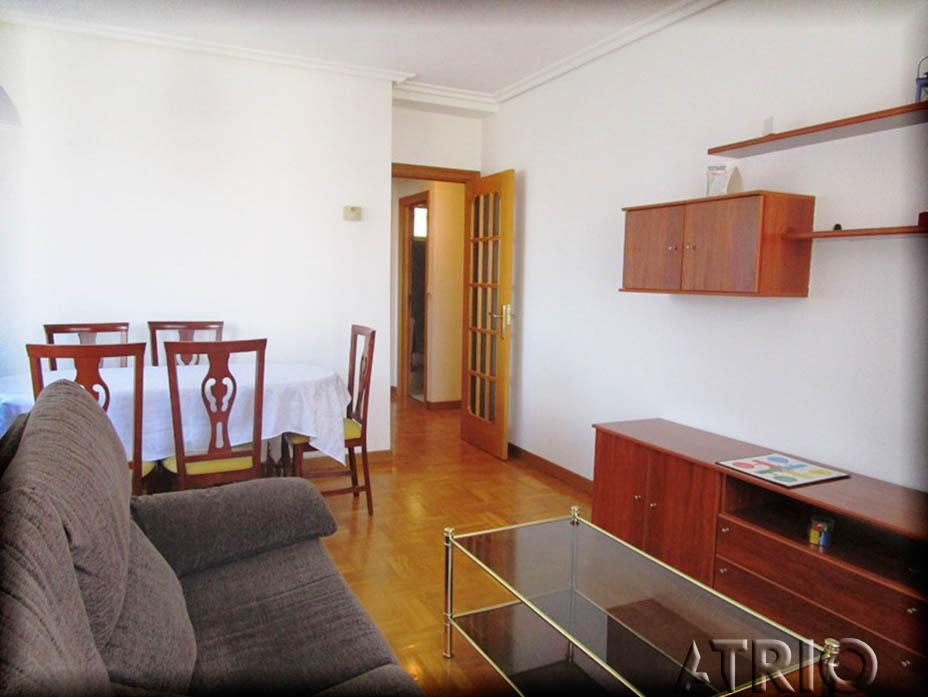 -eu-west-1.amazonaws.com/mobilia/Portals/inmoatrio/Images/4345/2227300