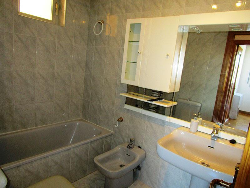 -eu-west-1.amazonaws.com/mobilia/Portals/inmoatrio/Images/4345/2227318