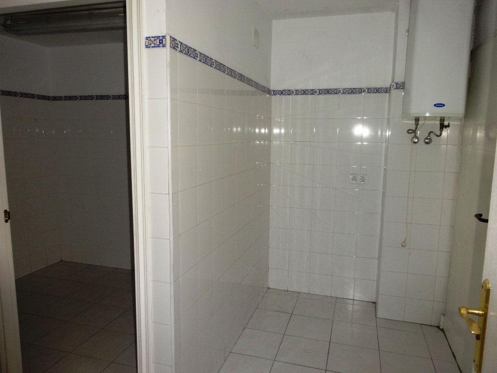 -eu-west-1.amazonaws.com/mobilia/Portals/inmoatrio/Images/4404/2228573