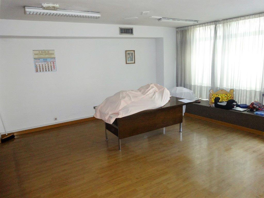-eu-west-1.amazonaws.com/mobilia/Portals/inmoatrio/Images/4427/2229098