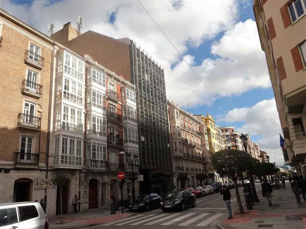 -eu-west-1.amazonaws.com/mobilia/Portals/inmoatrio/Images/4427/2229106
