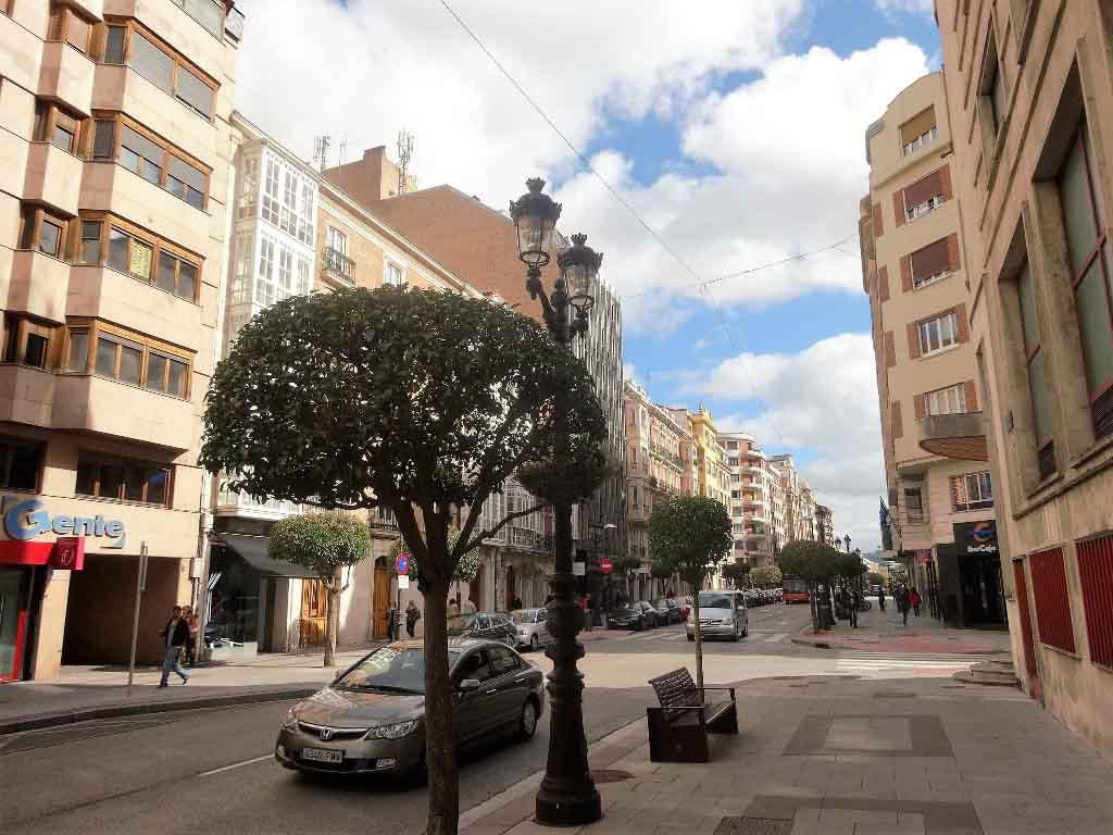 -eu-west-1.amazonaws.com/mobilia/Portals/inmoatrio/Images/4427/2229107