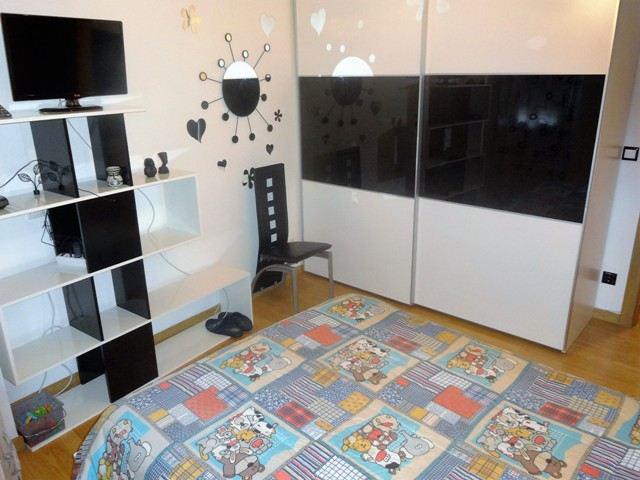 -eu-west-1.amazonaws.com/mobilia/Portals/inmoatrio/Images/4436/2229261