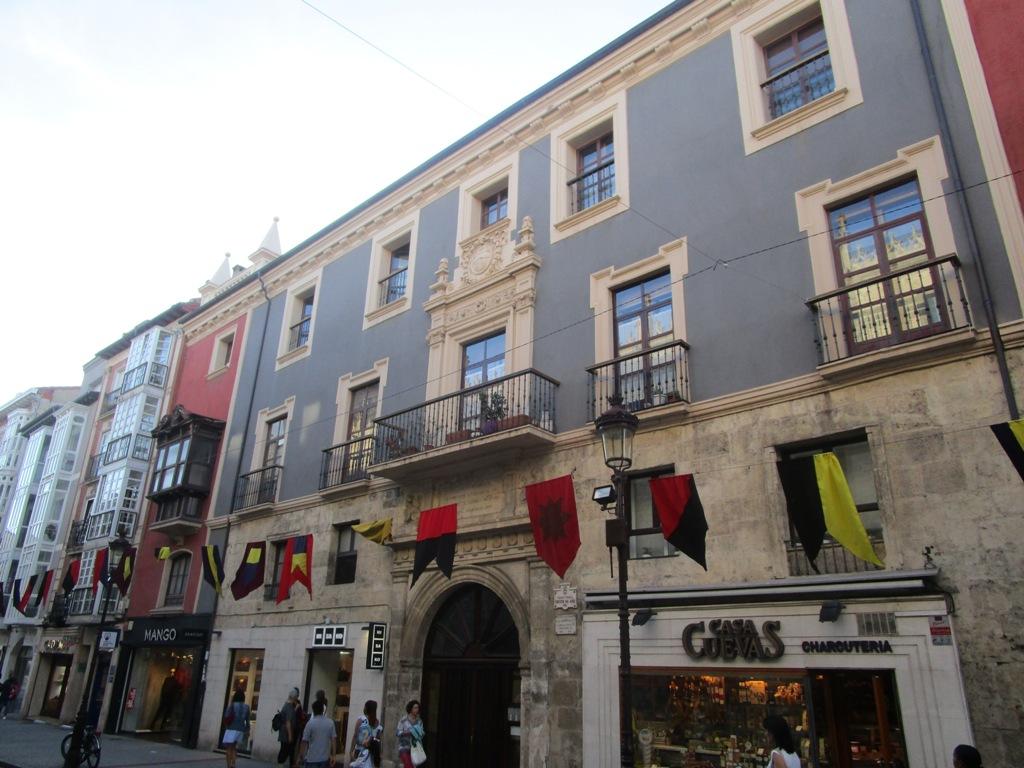 -eu-west-1.amazonaws.com/mobilia/Portals/inmoatrio/Images/4470/2230226