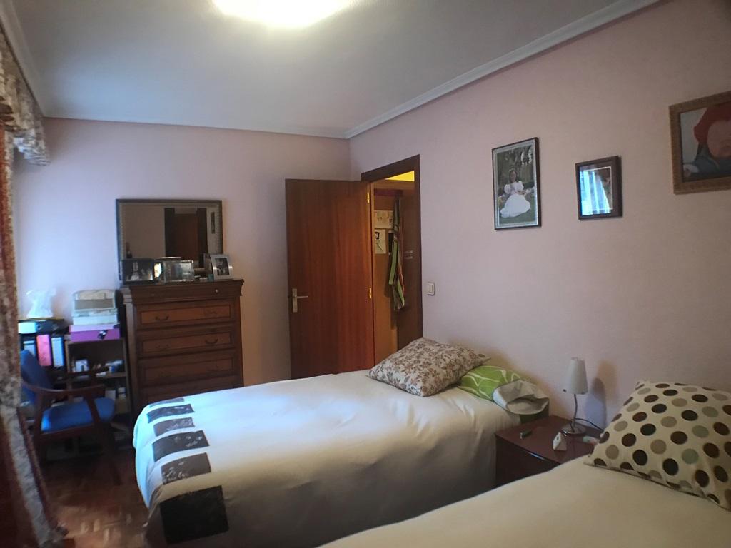 -eu-west-1.amazonaws.com/mobilia/Portals/inmoatrio/Images/4473/2230302
