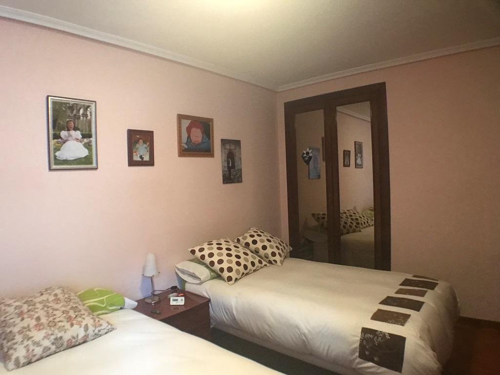 -eu-west-1.amazonaws.com/mobilia/Portals/inmoatrio/Images/4473/2230303