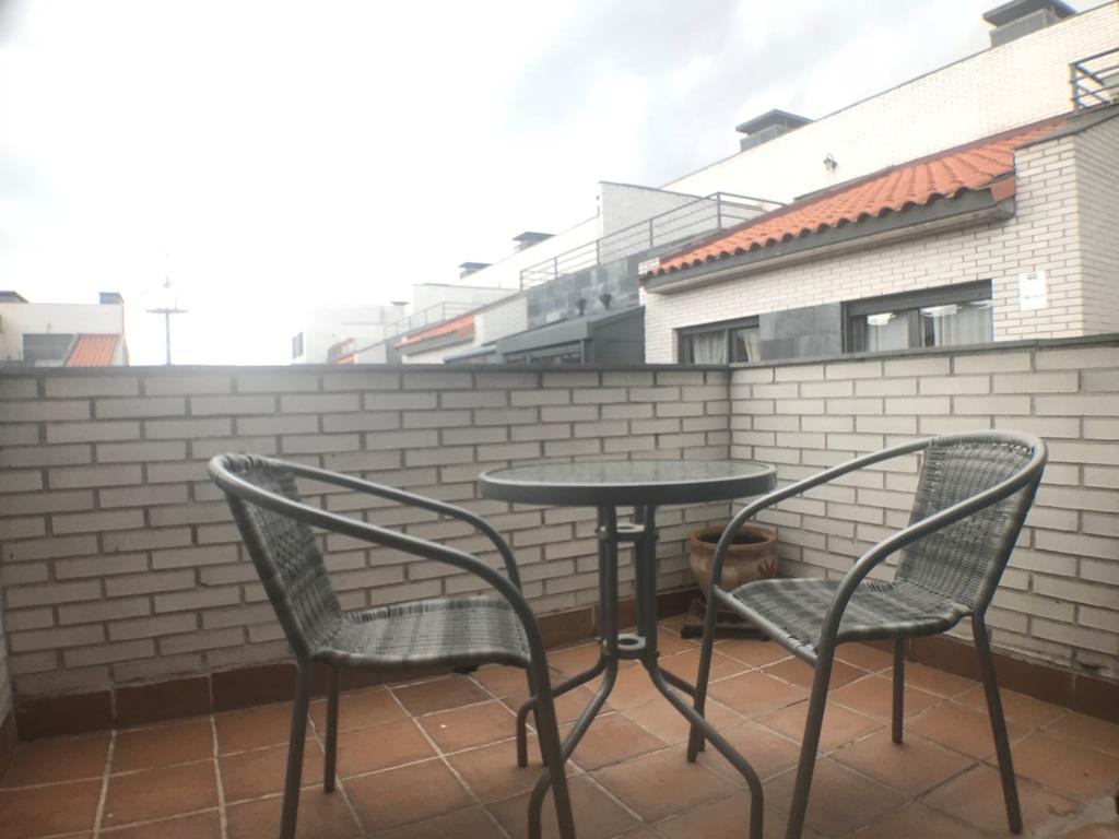 -eu-west-1.amazonaws.com/mobilia/Portals/inmoatrio/Images/4474/2230347