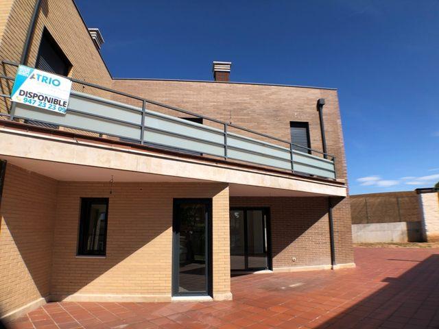 -eu-west-1.amazonaws.com/mobilia/Portals/inmoatrio/Images/4481/2230497