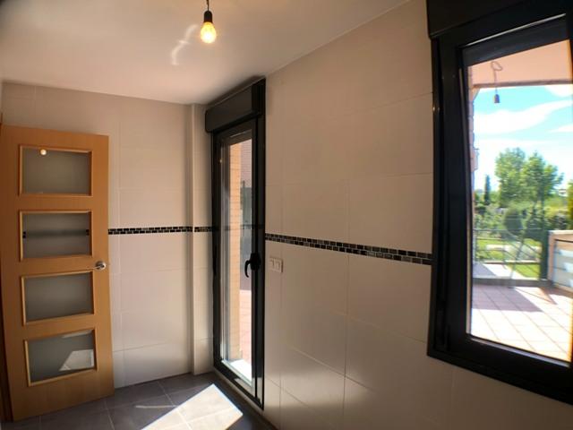 -eu-west-1.amazonaws.com/mobilia/Portals/inmoatrio/Images/4481/2230509