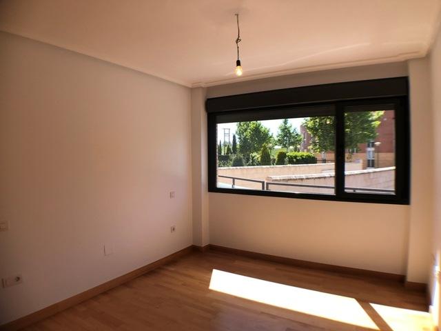 -eu-west-1.amazonaws.com/mobilia/Portals/inmoatrio/Images/4481/2230513