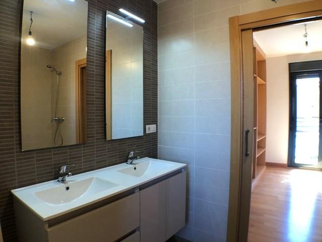 -eu-west-1.amazonaws.com/mobilia/Portals/inmoatrio/Images/4481/2230525