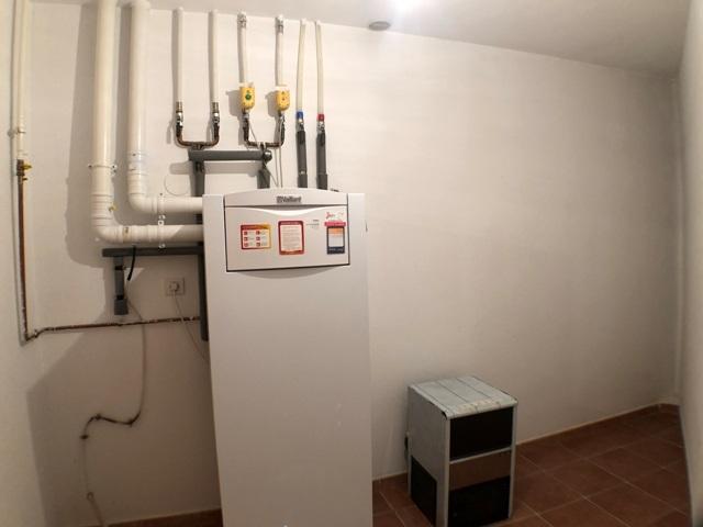 -eu-west-1.amazonaws.com/mobilia/Portals/inmoatrio/Images/4481/2230543
