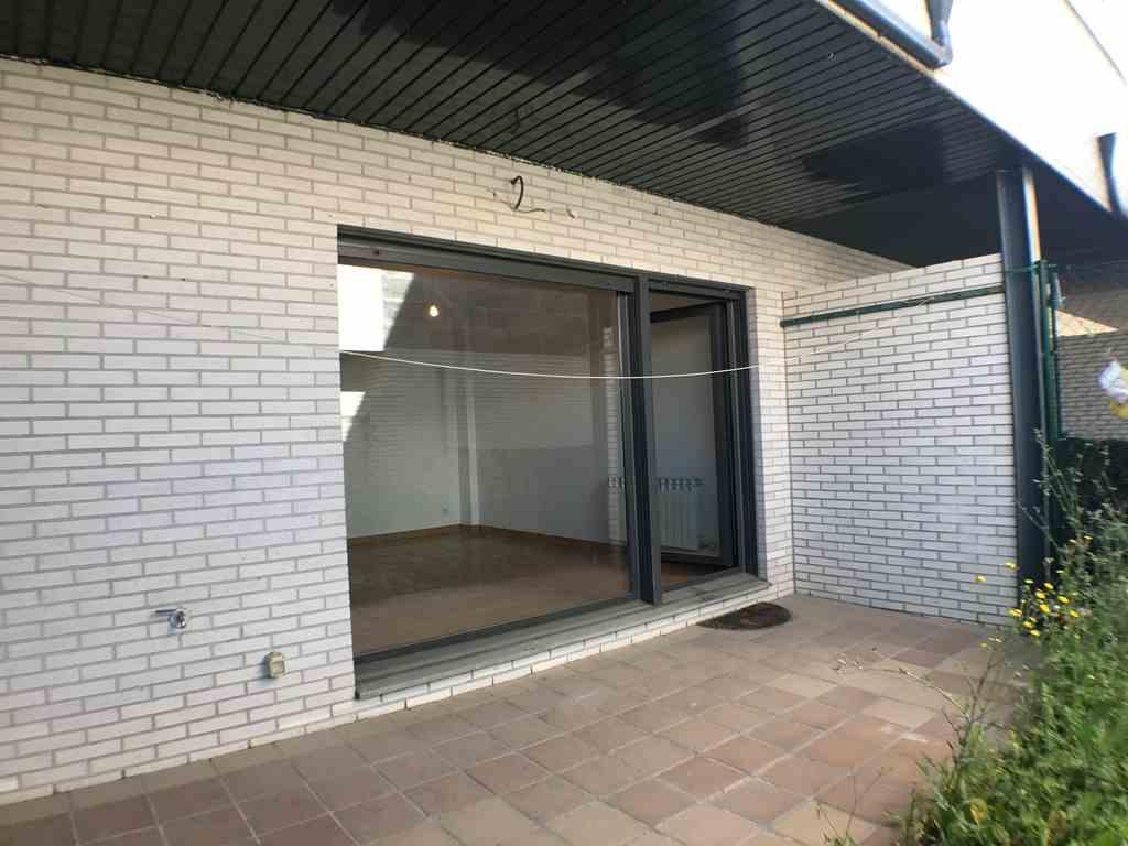 -eu-west-1.amazonaws.com/mobilia/Portals/inmoatrio/Images/4483/2230582
