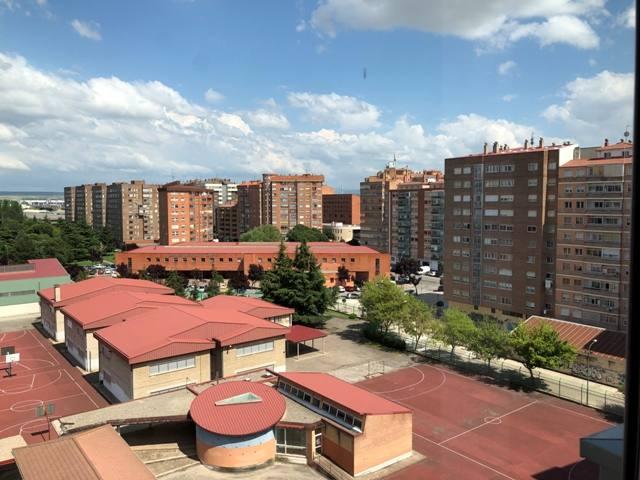 -eu-west-1.amazonaws.com/mobilia/Portals/inmoatrio/Images/4500/2231046