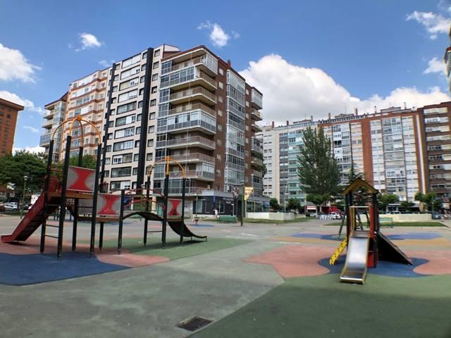 -eu-west-1.amazonaws.com/mobilia/Portals/inmoatrio/Images/4500/2231060