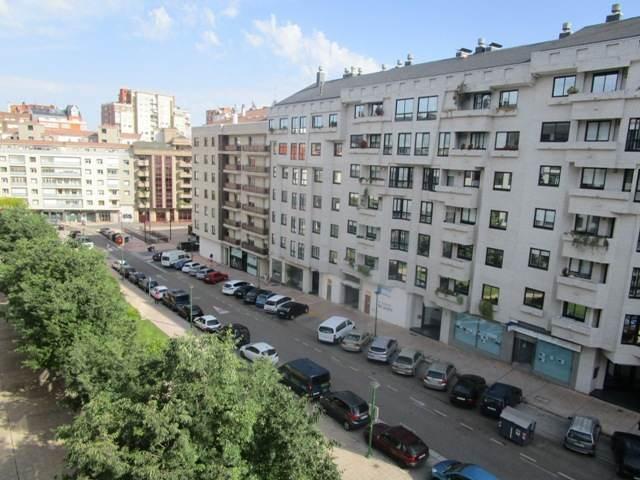 -eu-west-1.amazonaws.com/mobilia/Portals/inmoatrio/Images/4515/2231434