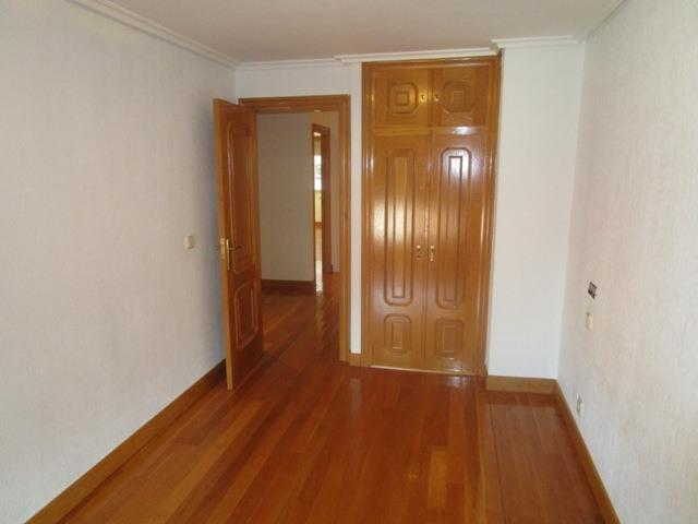 -eu-west-1.amazonaws.com/mobilia/Portals/inmoatrio/Images/4515/2231442