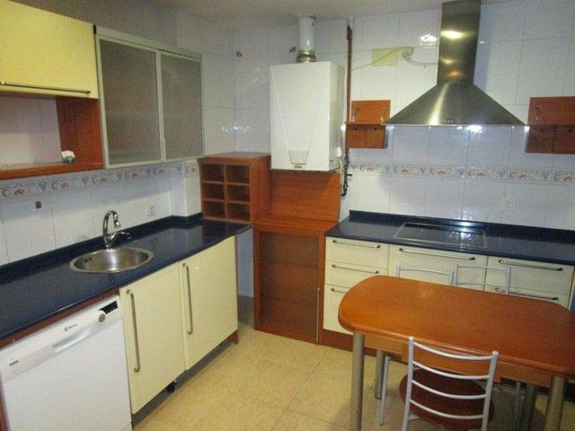 -eu-west-1.amazonaws.com/mobilia/Portals/inmoatrio/Images/4531/2231798