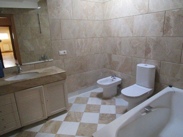 -eu-west-1.amazonaws.com/mobilia/Portals/inmoatrio/Images/4531/2231813